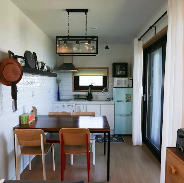 3.10 mẫu thiết kế phòng bếp đẹp với nội thất cao cấp hợp túi tiền5