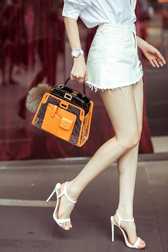 4.Ngọc Trinh mix túi hiệu mới sắm dạo phố Singapore4