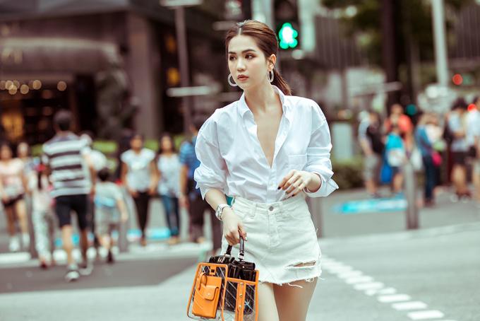 4.Ngọc Trinh mix túi hiệu mới sắm dạo phố Singapore5