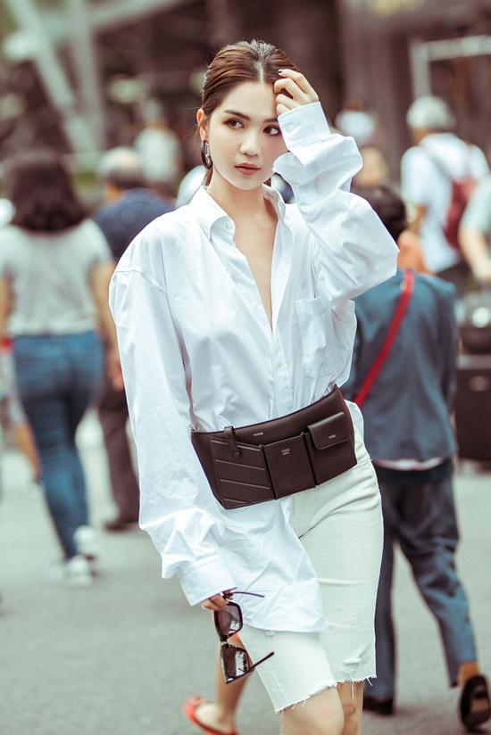 4.Ngọc Trinh mix túi hiệu mới sắm dạo phố Singapore7