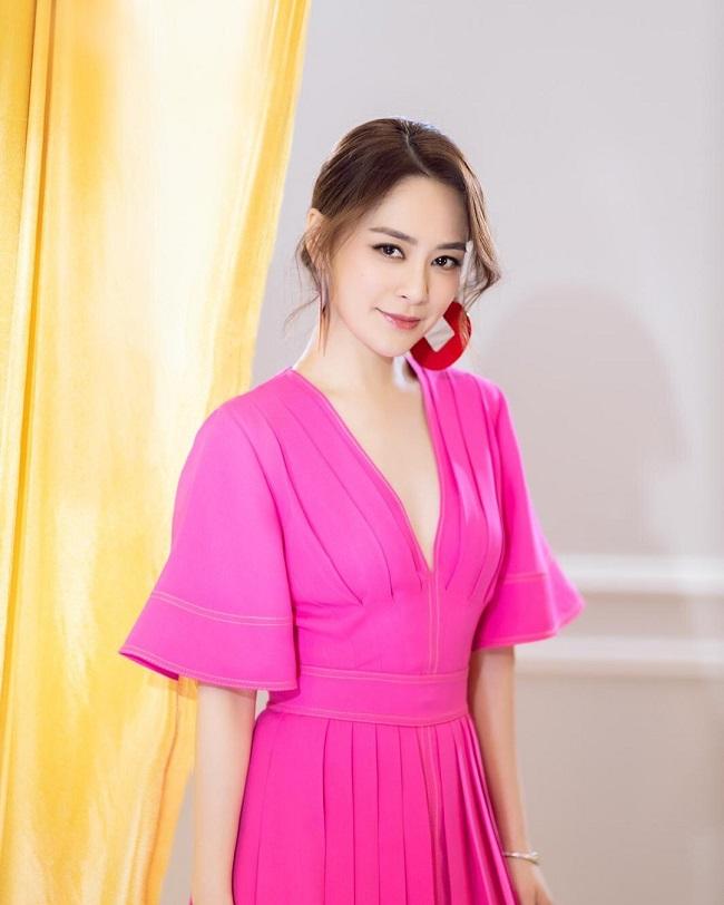 Ở tuổi 38, Chung Hân Đồng vẫn duy trì được sắc vóc 'vạn người mê'.