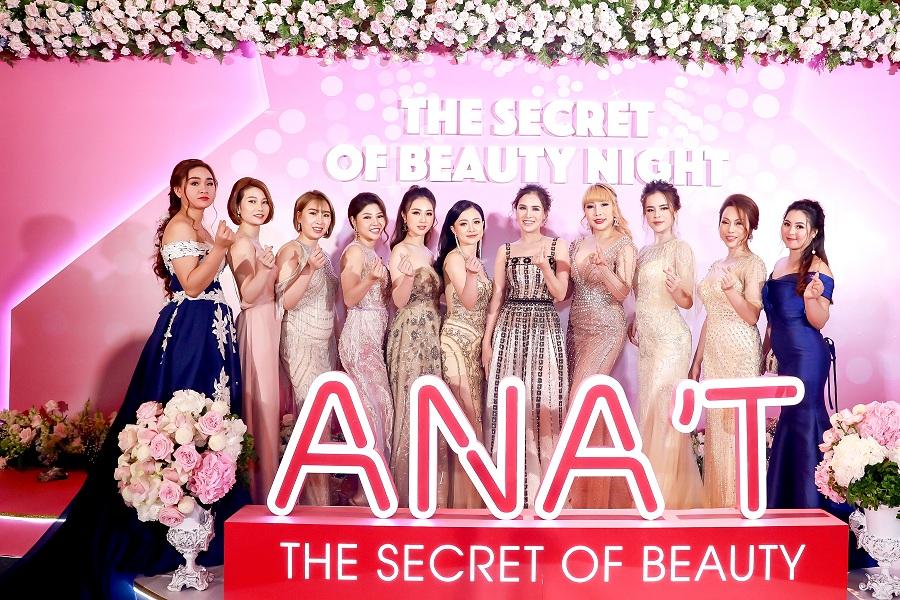 Đông đảo dàn sao, người đẹp tham dự buổi ra mắt sản phẩm của ANA'T.