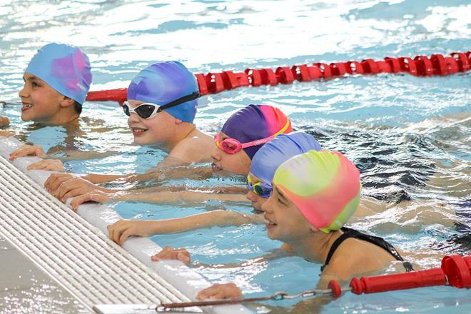 học bơi2