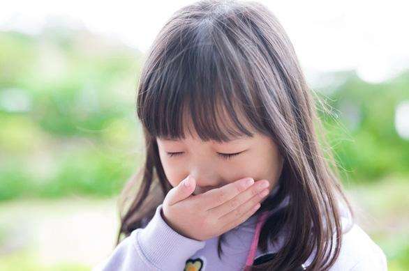 Hệ miễn dịch yếu sẽ khiến trẻ dễ mắc các bệnh về đường hô hấp - Ảnh: Internet