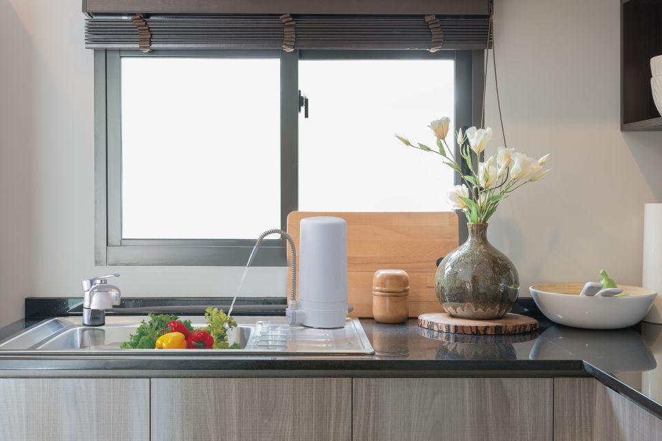 2.Bắt nhịp xu hướng tối giản trong trang trí gian bếp hiện đại