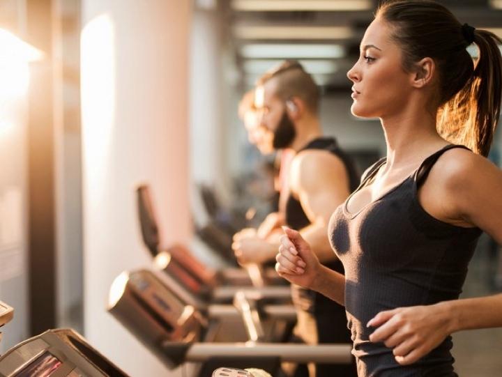 Nhịn ăn và tập quá sức có thể giúp bạn sụt cân nhanh nhưng không bền và hại sức khoẻ