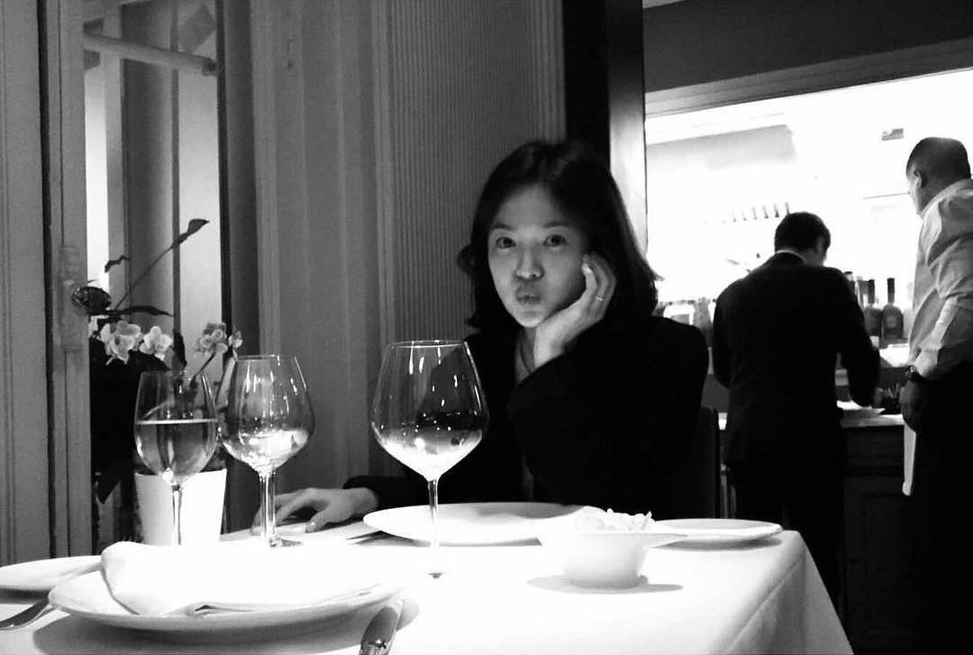 20.Song Hye Kyo khai tử ảnh cưới, toàn bộ dấu vết về chồng trên Instagram9