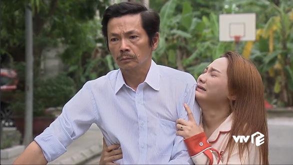 Diễn xuất ăn ý của NSƯT Trung Anh và Bảo Thanh - Ảnh chụp màn hình