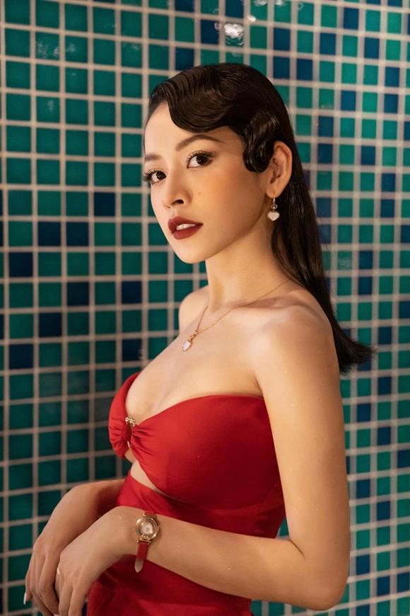 Dù nhận không ít lời chê khi lấn sân sang lĩnh vực ca hát nhưng không thể phủ nhận tên tuổi của Chi Pu vẫn được rất nhiều người quan tâm. Những bức hình cô nàng đăng tải nhanh chóng nhận được hàng chục nghìn lượt thả tim chỉ trong thời gian ngắn.