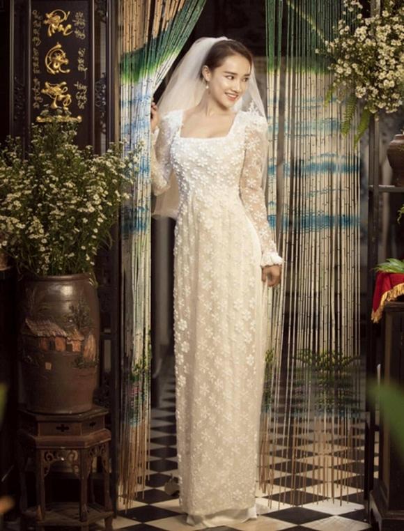 39.Nhã Phương đốn tim người hâm mộ khi khoác lên mình chiếc áo cô dâu4