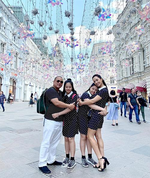 4.Thúy Hạnh - Minh Khang đưa hai con thăm nước Nga11