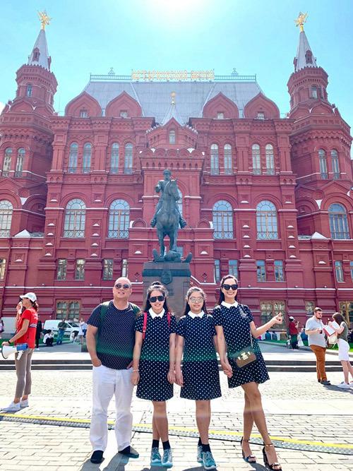 4.Thúy Hạnh - Minh Khang đưa hai con thăm nước Nga7