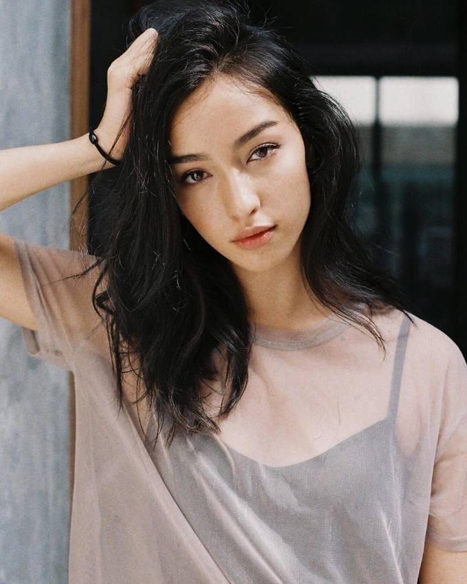 5.Xuất hiện chớp nhoáng trong MV của Sơn Tùng, gái xinh gốc Á chiếm trọn spotlight2