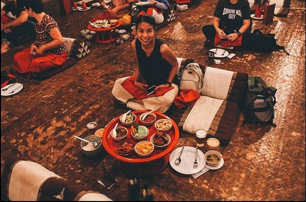 6. ăn bốc kiểu hoàng gia ở Thái1