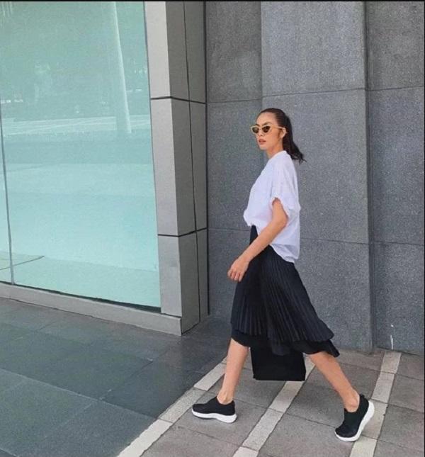 7.Bí quyết trẻ hóa phong cách của Tăng Thanh Hà2