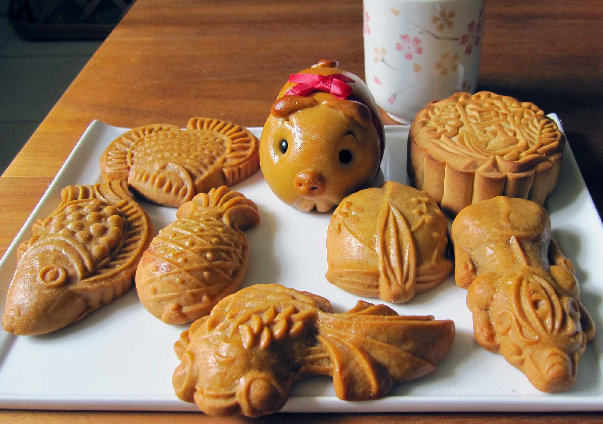 7.Hướng dẫn cách làm bánh trung thu hình con vật cho bé phá cỗ ngày rằm2