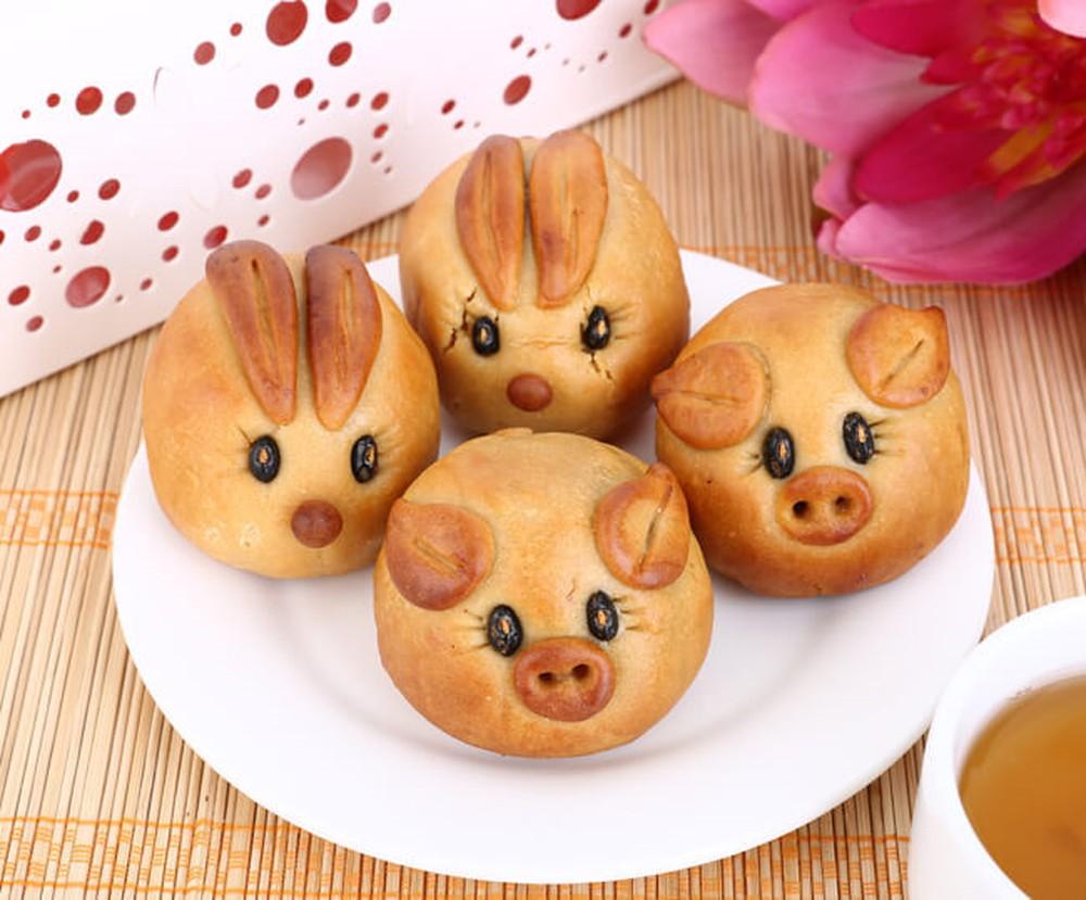 Bánh nướng hình con thỏ và con heo siêu dễ thương