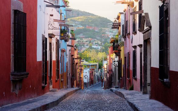Những con đường mang đậm giá trị lịch sử ở San Miguel de Allende, Mexico - Ảnh: Travel and Leisure