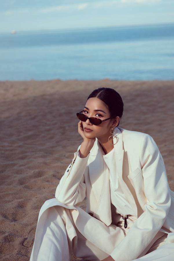 Hoang Thuy_Beach (18)