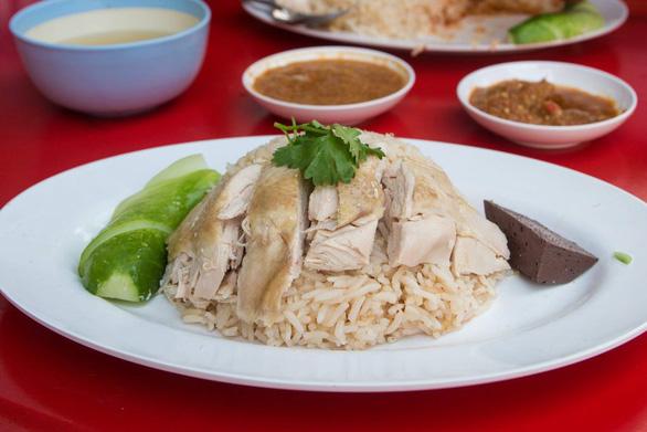 Cơm gà Hải Nam ở Thái Lan - Ảnh: Eating Thai Food