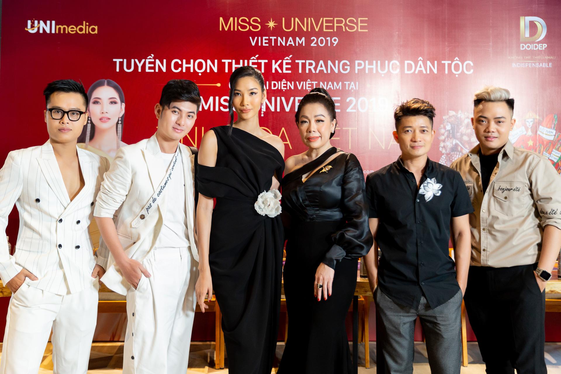 Mentor va Ban giam khao (2)