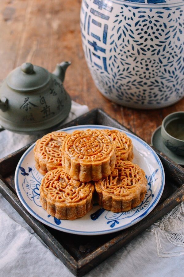 Bánh Trung Thu hình tròn tượng trưng cho đoàn viên