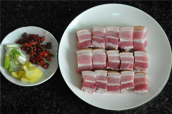 14.Thịt om bắp cải Món ăn không ngấy lại rất đưa cơm