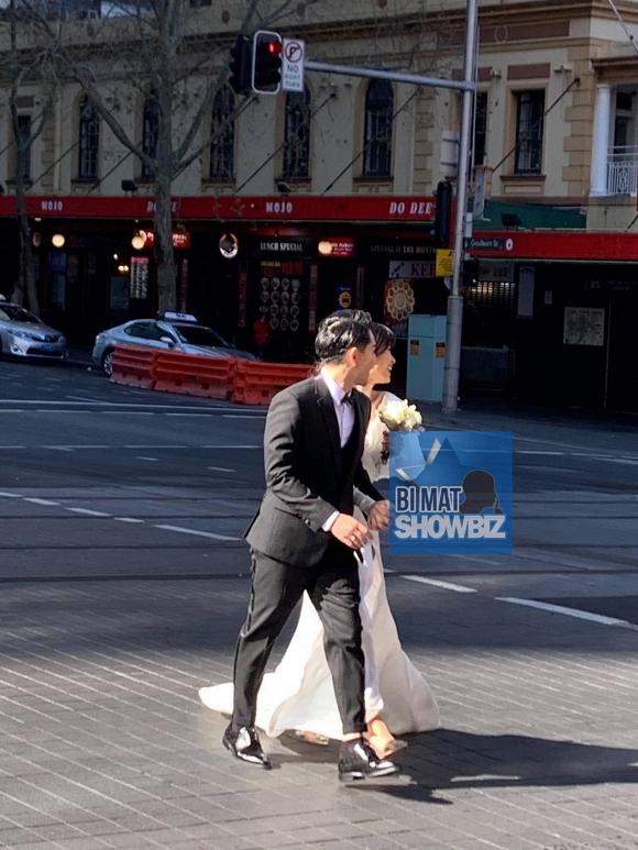 15. đông nhi và ông cao thắng chụp hình cưới