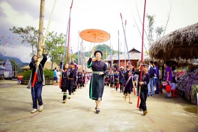 """Đây là lần thứ ba """"Lễ hội ẩm thực Tây Bắc"""" được tổ chức, nhằm tôn vinh những giá trị văn hóa truyền thống, tạo điểm đến vui chơi giải trí độc đáo cho du khách."""