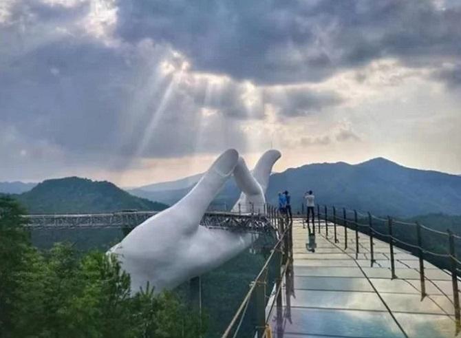 21. cầu bàn tay tiên ở Trung Quốc