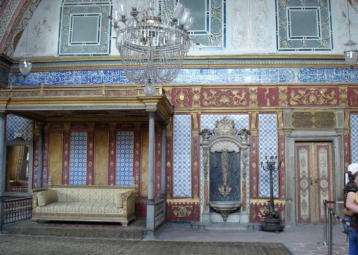 Nội thất bên trong hậu cung của Sultan Thổ Nhĩ Kỳ. Ngày nay đây là một bảo tàng - Ảnh: Homsk