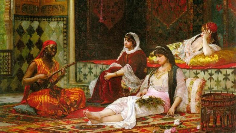 Người hầu của thê thiếp Sultan chủ yếu là nô lệ bị bắt từ châu Phi