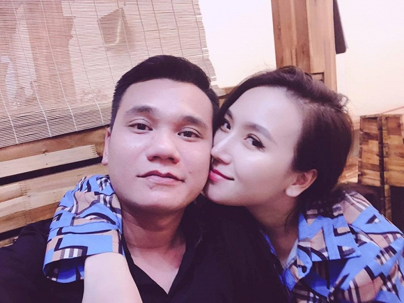 35.Nhan sắc ngày càng khác lạ của vợ ca sĩ Khắc Việt