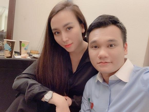 35.Nhan sắc ngày càng khác lạ của vợ ca sĩ Khắc Việt3