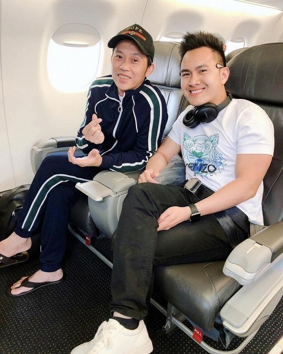 Hoài Linh và con trai