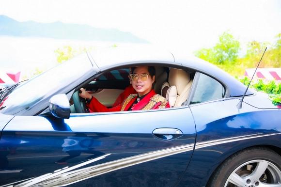 """Là học trò tại chương trình """"Thần tượng Bolero"""" nên Ngọc Sơn quyết định dìu dắt Trương Lynh trên con đường âm nhạc"""