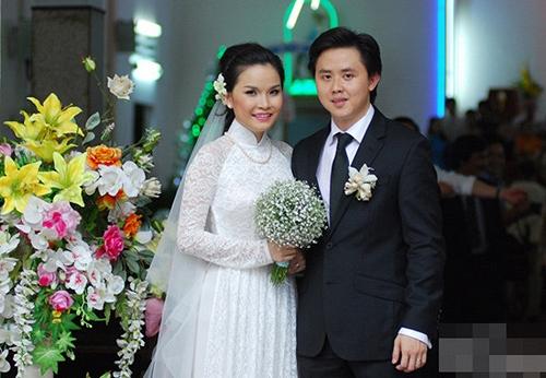 Thu Ngọc và chồng Việt Kiều tổ chức đám cưới năm 2012