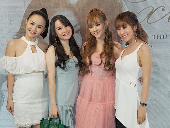 Sau khi về Việt Nam sinh sống, ca sĩ Thu Ngọc liên tục hội ngộ với những nghệ sĩ từng là thành viên nhóm Mây Trắng như Thu Thủy, Ngọc Châu, Yến Trang, Yến Nhi.