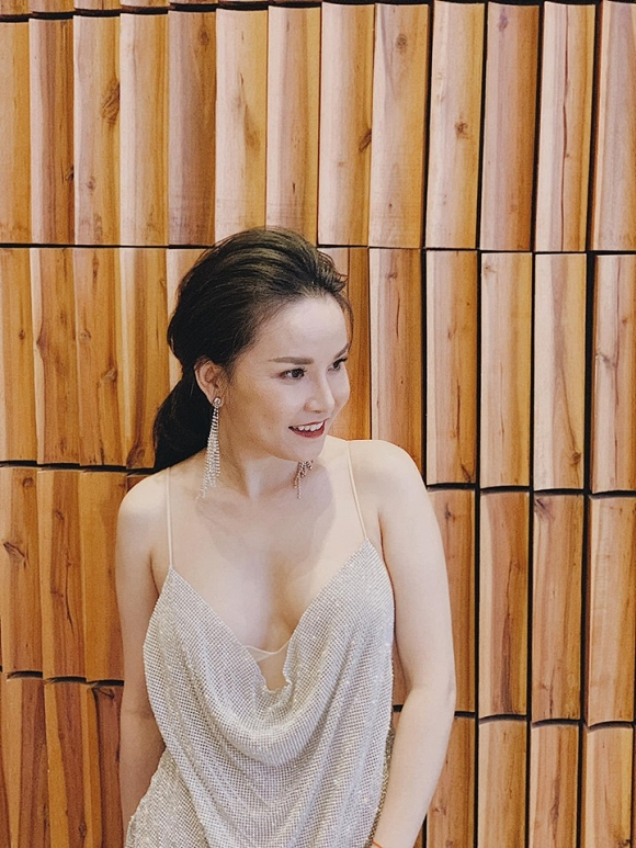 9.Cuộc sống ca sĩ Thu Ngọc 'Mây trắng' ra sao sau khi ly hôn chồng Việt Kiều13