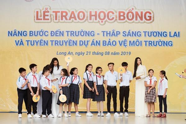 A Hau Hoang Thuy (12)