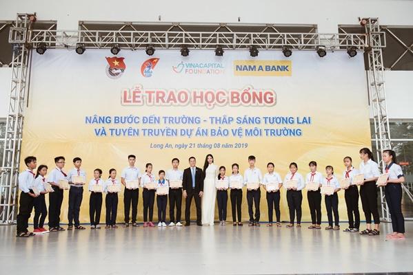 A Hau Hoang Thuy (20)
