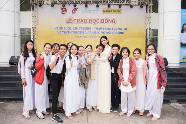 A Hau Hoang Thuy (23)