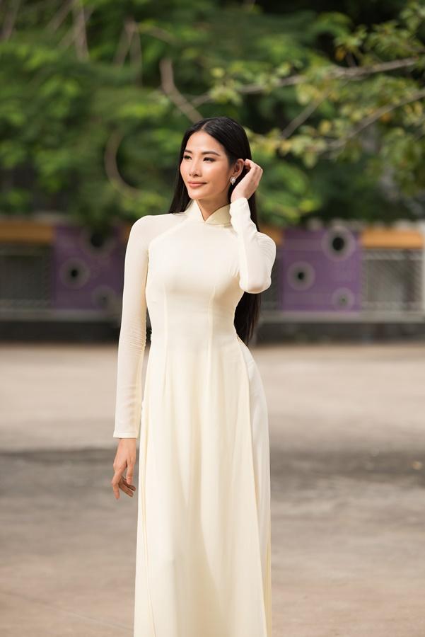 A Hau Hoang Thuy (39)