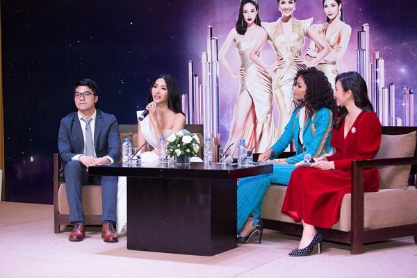A hau Hoang Thuy (11)