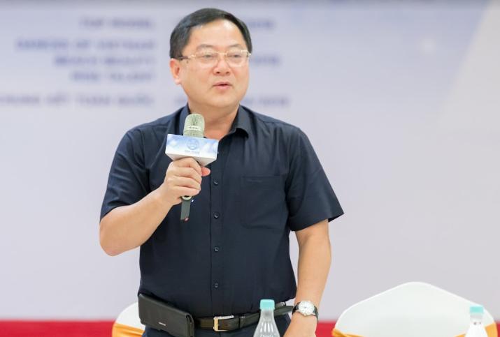 Ông Lê Xuân Sơn - Trưởng BGK cuộc thi Miss World Việt Nam phát biểu tại buổi họp báo