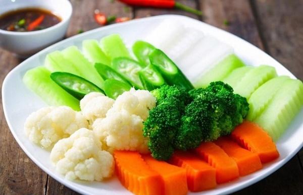 1. Cách luộc rau không chỉ xanh mà còn ngọt nước2