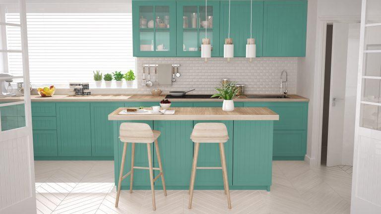 Không gian tươi sáng, trẻ trung ngập tràn trong căn phòng với tông màu xanh ngọc bích tạo nên nét nhã nhặn cho thiết kế phòng bếp