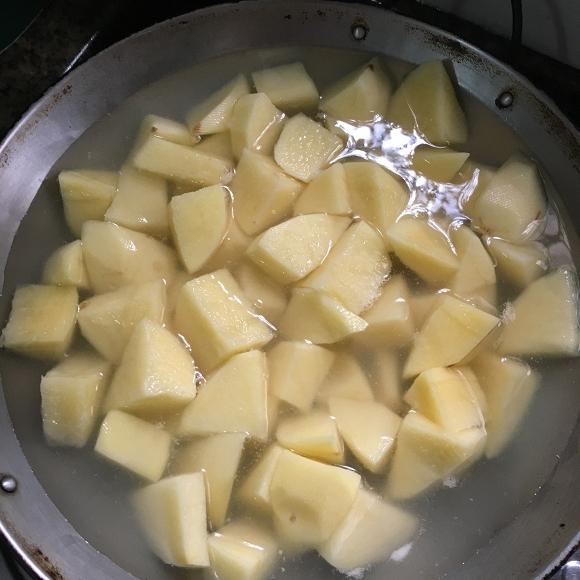 14. khoai tây om vịt2