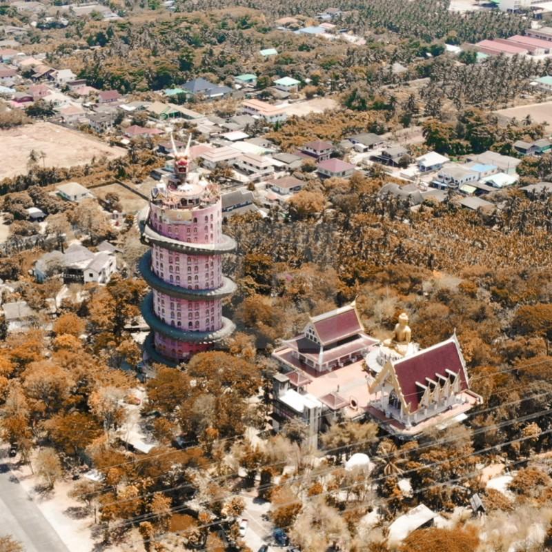 16. Bí ẩn đằng sau ngôi chùa hồng có rồng khổng lồ quấn quanh3