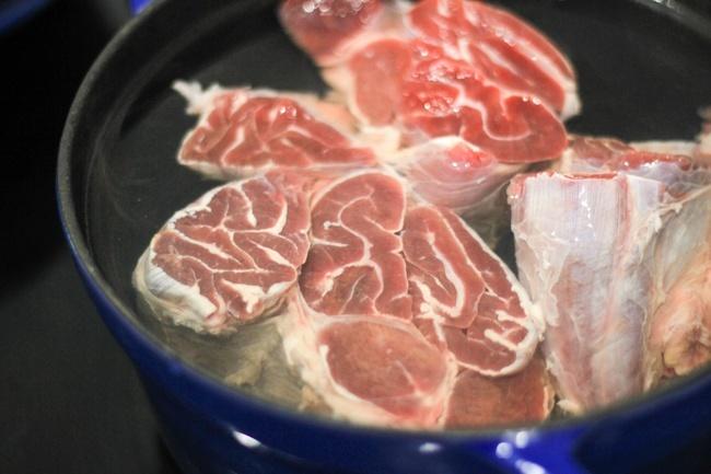 """16. Bật mí cách nấu thịt bò kho tộ không ăn là """"phí cả đời""""1"""